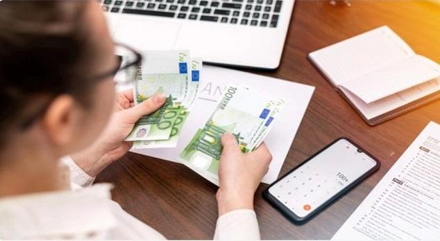 Aplikasi pencatat keuangan Android Update